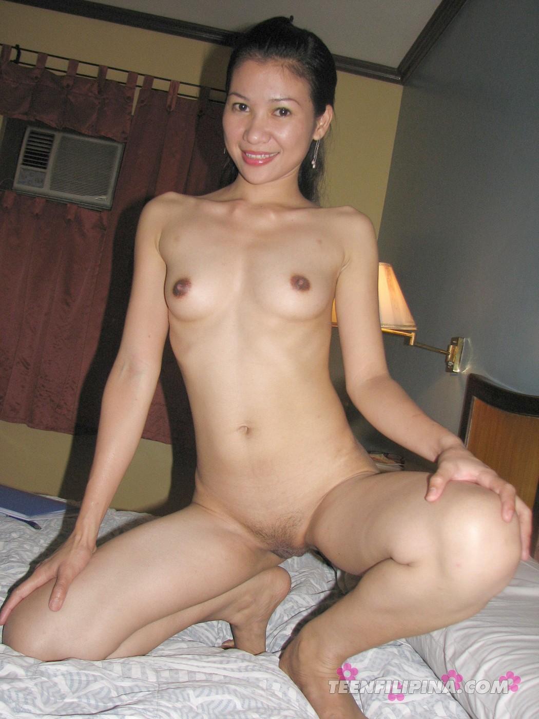 midget girl nude looking young